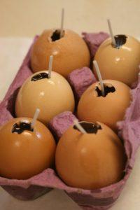 Яйца на Остару из пчелиного воска