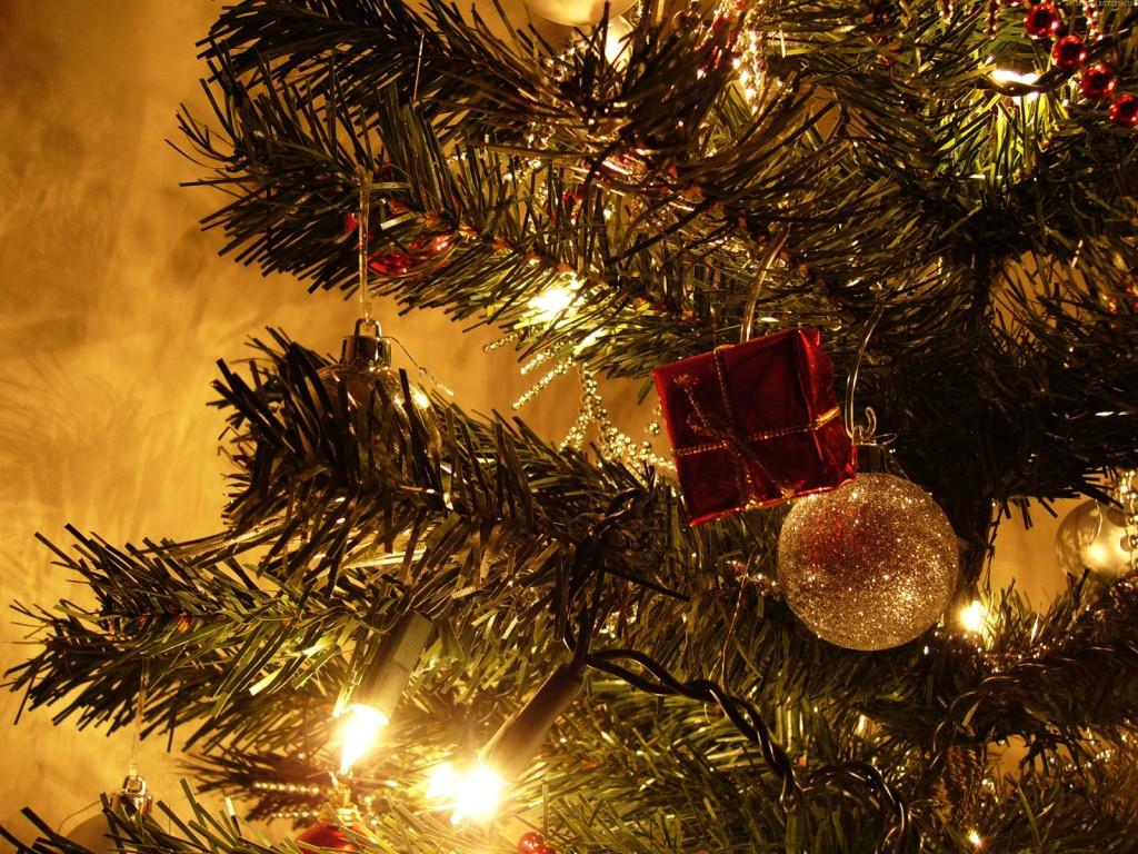 Люди встречают рождество, ведьмы встречают Йоль