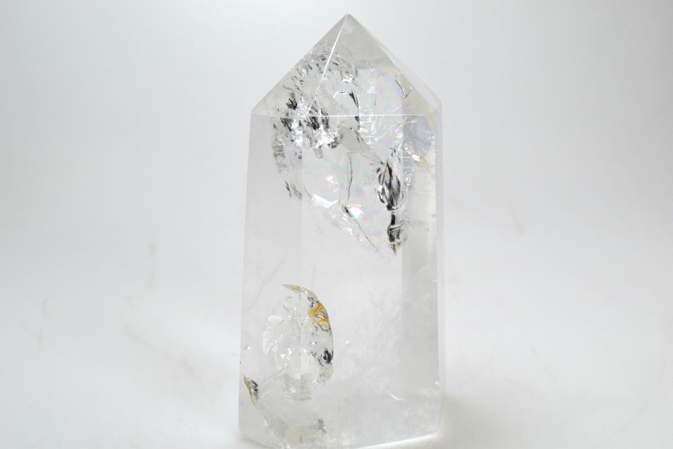 Прозрачный кварц (горный хрусталь)
