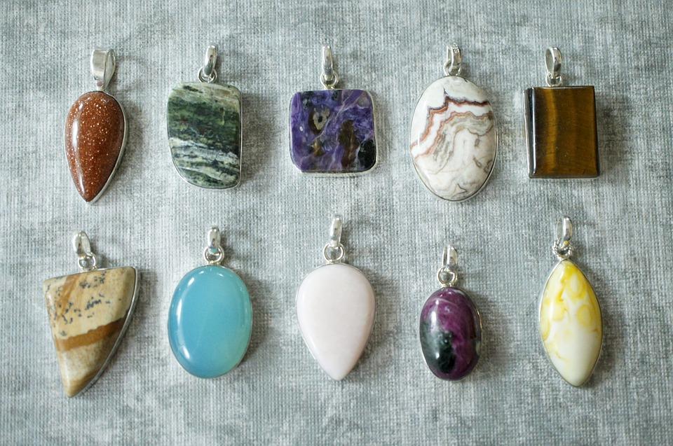 Как хорошо ты различаешь камни? Проверь свои знания!
